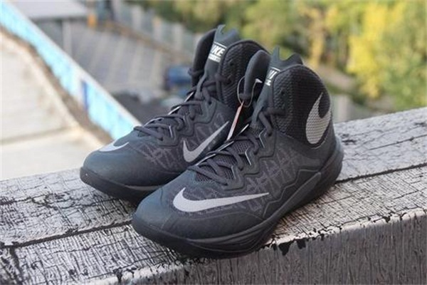 nike经典篮球鞋的款式有哪些?
